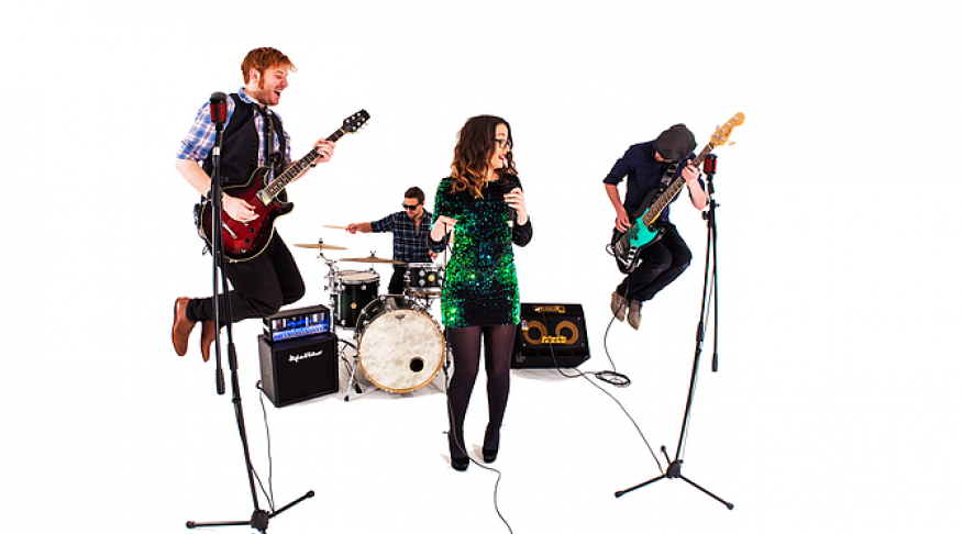 Manchester Bands for Hire | Cover Bands | Weddings | Events - Uptown Swing and Soul